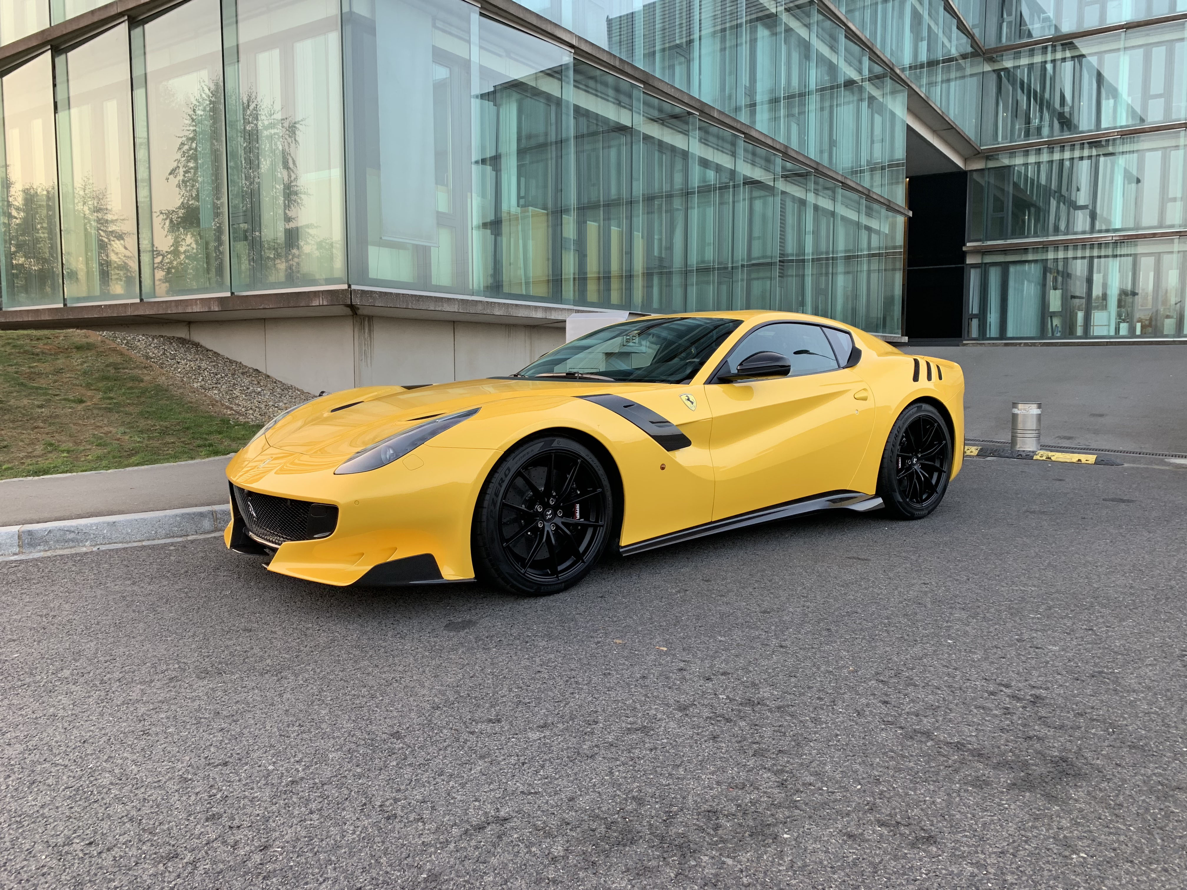 Ferrari F12 Tdf Td Luxe